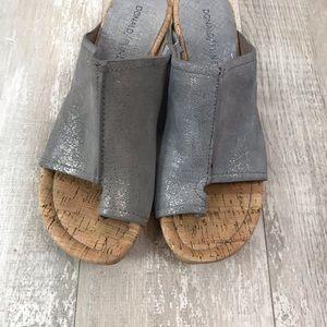 Donald J. Pliner Shoes - Donald J. Pliner Gerie Toe Ring Wedge Sandal 7.5